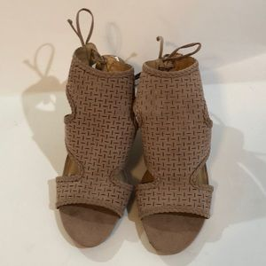 Report wedge sandals NWT from TJ Maxx size 9.5